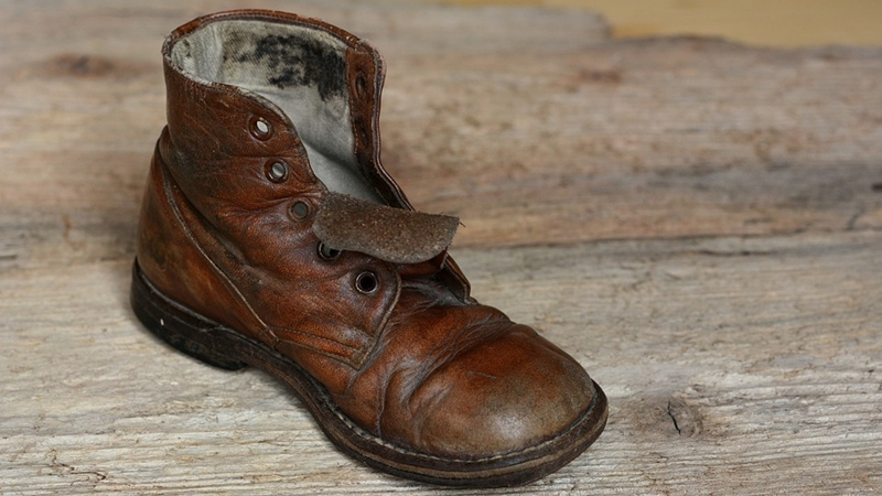 靴 革靴 状態