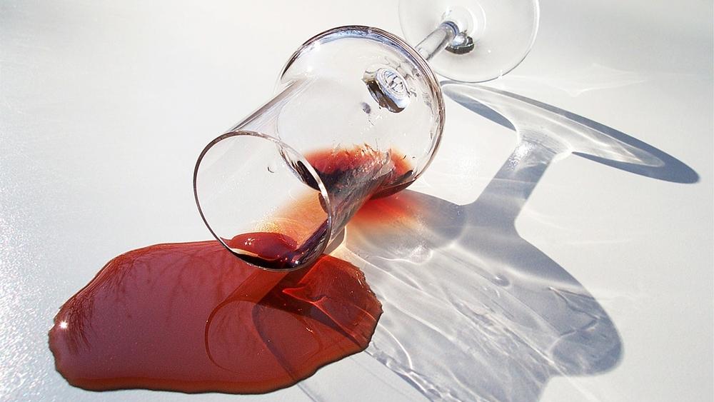 赤ワイン 染み