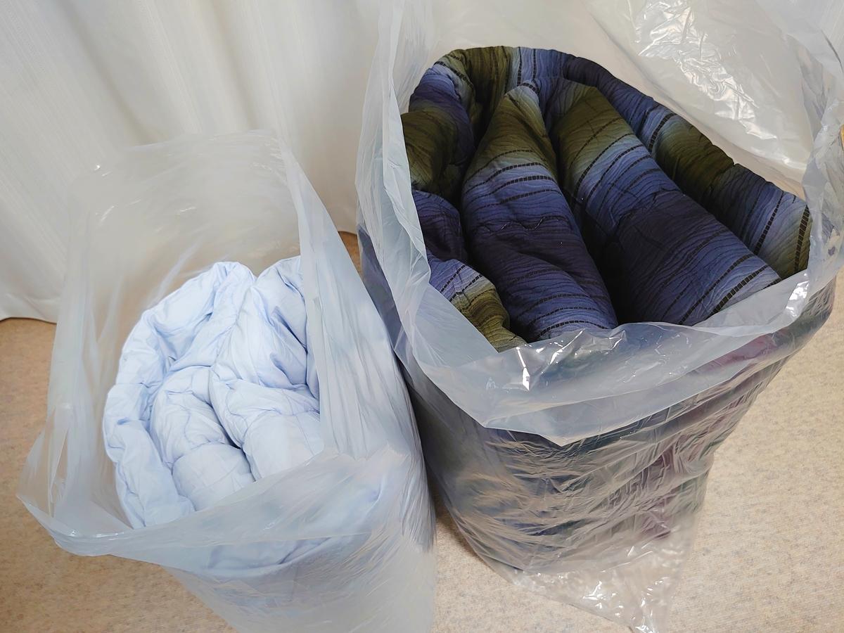 クリーニングモンスター 布団の宅配クリーニング クリーニング後 圧縮袋 開封後の保存袋として利用1
